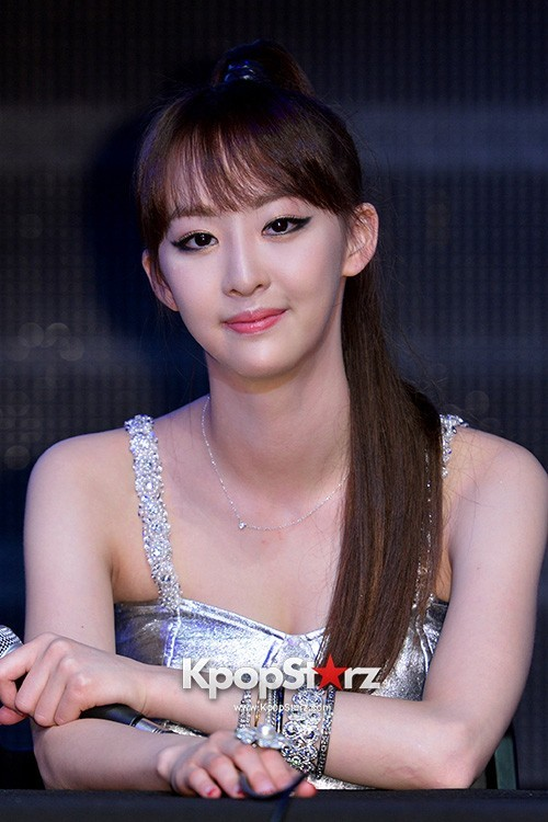 "Dasom Performs at Sistar's Comeback Showcase for ""Give It To Me"" on June 11, 2013 [PHOTOS]key=>29 count31"