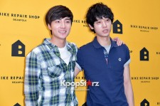 Roy Kim, Jung Joon Young
