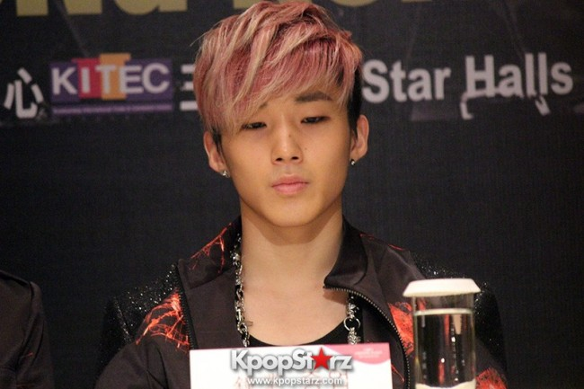 "B.A.P Jongup in ""Live on Earth"" in Hong Kong Press Conference [PHOTOS]key=>3 count11"