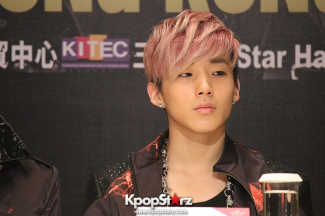 "B.A.P Jongup in ""Live on Earth"" in Hong Kong Press Conference [PHOTOS]key=>5 count11"