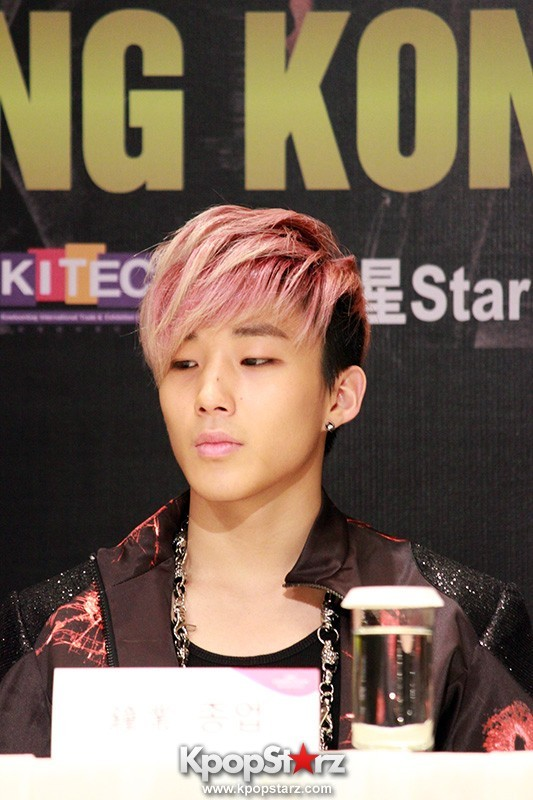 "B.A.P Jongup in ""Live on Earth"" in Hong Kong Press Conference [PHOTOS]key=>8 count11"
