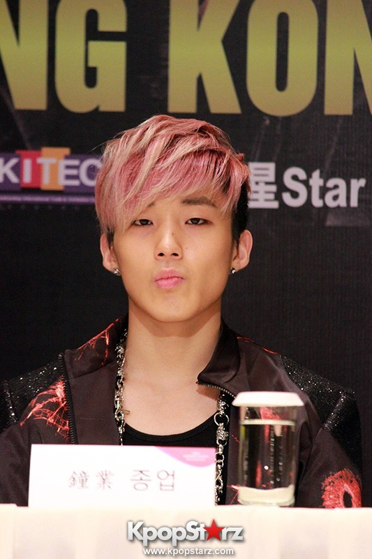"B.A.P Jongup in ""Live on Earth"" in Hong Kong Press Conference [PHOTOS]key=>9 count11"