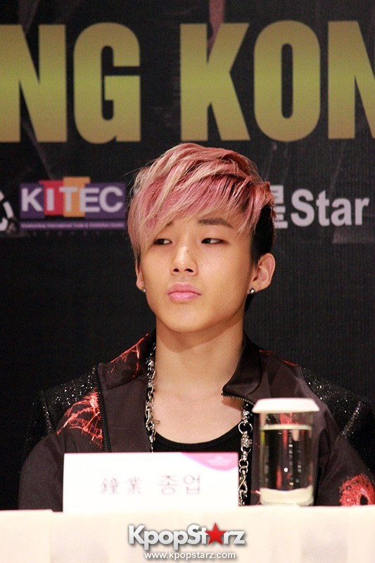 "B.A.P Jongup in ""Live on Earth"" in Hong Kong Press Conference [PHOTOS]key=>10 count11"