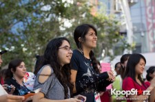 Cassie fans welcome TVXQ to LA with at Flashmob at Nokia Theater