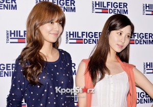 Girls Generation(SNSD) Sooyoung-Seohyun Dress Casual for Tommy Hilfiger Fan Sign Event
