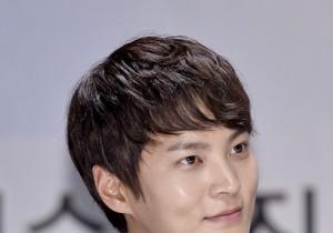Joo Won Attends KBS 'Good Doctor' Press Conference in Crisp Black Suit