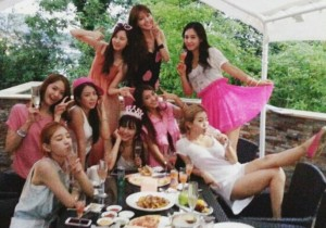 Girls' Generation Gathers Together for Tiffany's Birthday Party