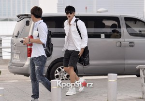 Seo In Guk Casual Style While Leaving for Filming Movie 'No Breathing' In Philippines