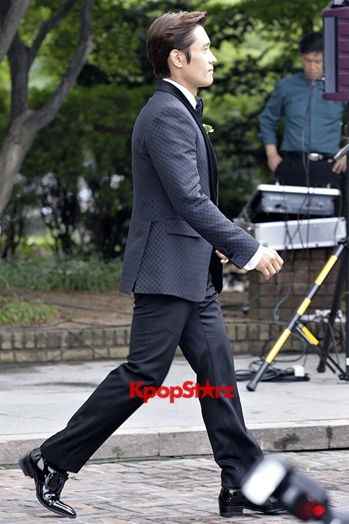 Lee Byung Hun in Crisp Black Suit for Wedding Daykey=>4 count6