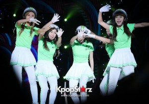 Crayon Pop M Countdown What's Up LA Performance - Aug 25, 2013