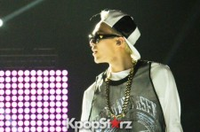 G-Dragon Never Before Seen Photos from M Countdown 'What's Up LA Performance [PHOTOS]
