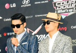 KCON 2013 Dynamic Duo Says Hello at M! Countdown What's Up LA Press Conference [PHOTOS]