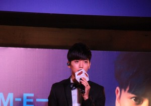 Korean-Taiwanese Bii delights Malaysian fans with his 'Come Back To Bii'' showcase - August 31, 2013 [PHOTOS]
